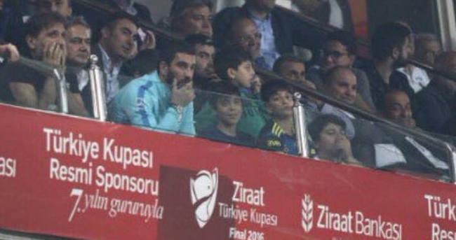 Arda Turan da maçı izledi! O detay...