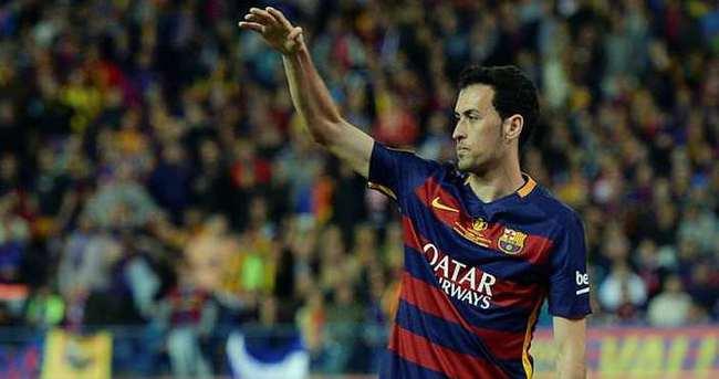 Barcelona'dan Sergio Busquets'e yeni sözleşme