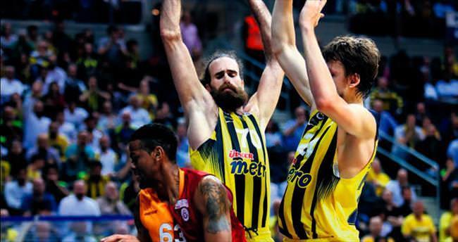 Fenerbahçe 12'den vurdu