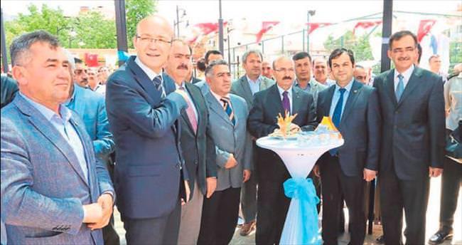 Burdur Valisi Kürklü Bucak'ta park açtı