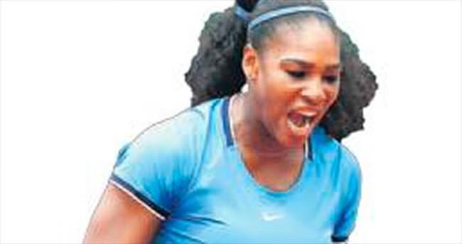 Serena Paris'te 4. turda