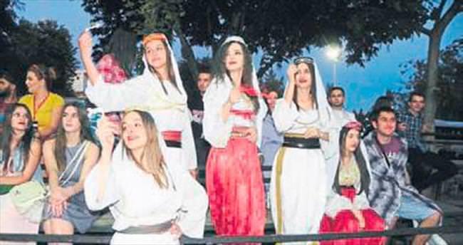Ödemiş'te halk dansları festivali