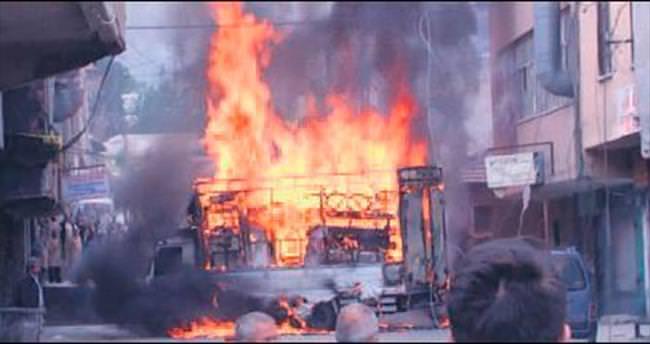 Arızalı kamyonet kaynak yapılırken alev alev yandı