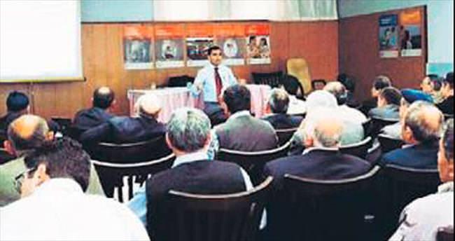 Ankara Yeşilay'dan muhtarlara seminer