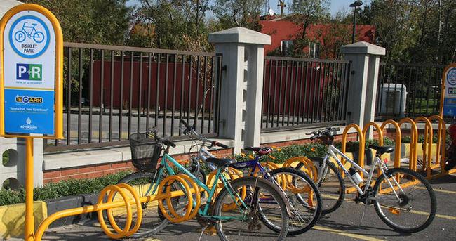 Metro'da ücretsiz Bisiklet Parklar