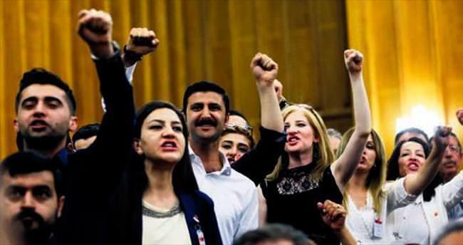 Küfürbaz CHP'liler Buca teşkilatından