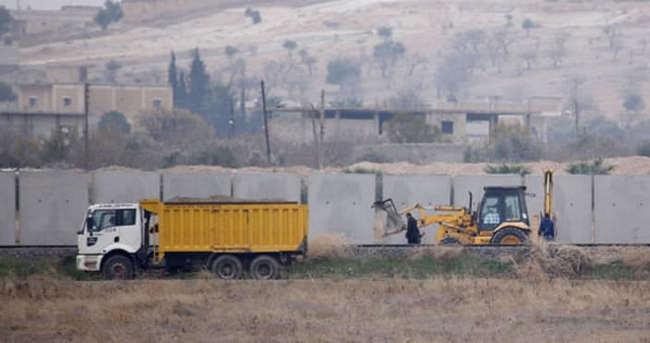 Suriye sınırına duvar örüldü