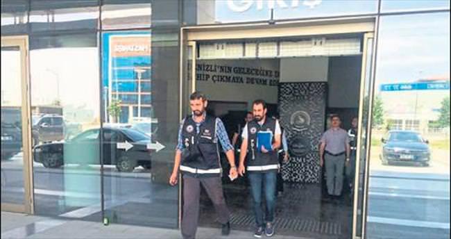 Denizli'de FETÖ operasyonu: 8 gözaltı
