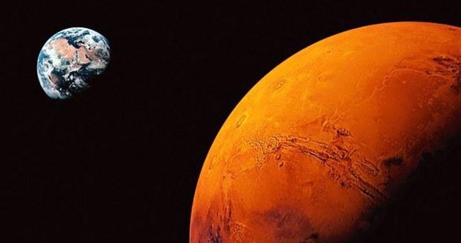 Mars'a yapılacak insanlı yolculuğun tarihi belli oldu