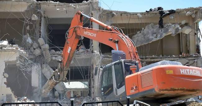 Yüksekova'da hasar tespit çalışmaları devam ediyor