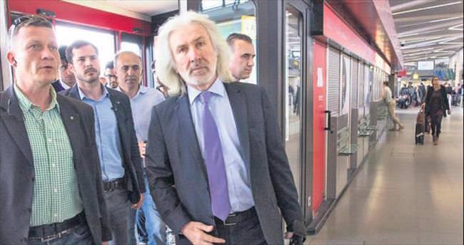 Büyükelçi Karslıoğlu Türkiye'ye geldi
