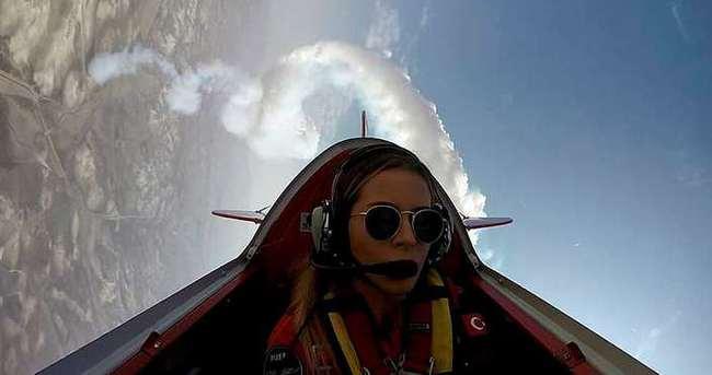 Türkiye'nin ilk kadın sivil helikopter pilotu