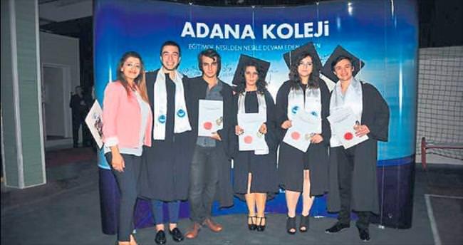 Adana Koleji'nde kep töreni