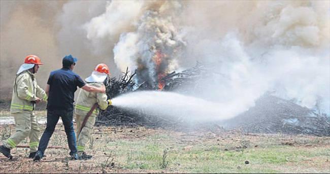 Ormancıların yangın tatbikatı gerçek gibi