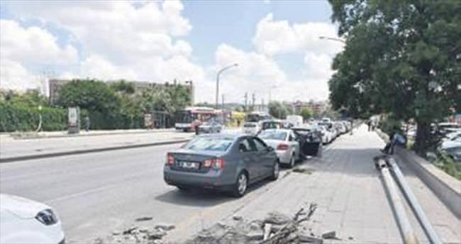 Celal Bayar'da yeni trafik düzeni