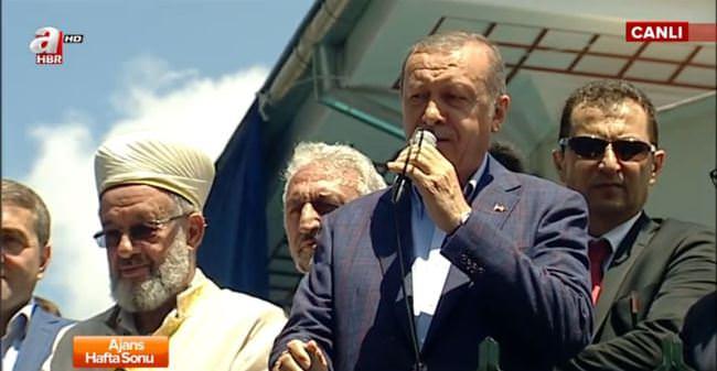 Cumhurbaşkanı Erdoğan Abdullahağa camisinin açılışını yaptı