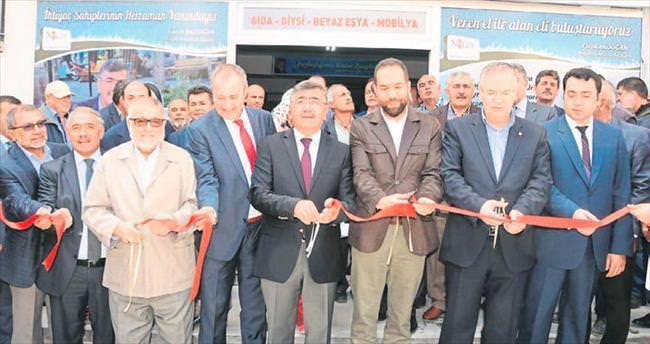 Niğde Belediyesi Gönül Kapısı'nı açtı