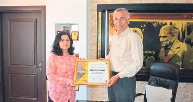 Bozyazı'ya 'Çalışan dostu kurum' ödülü