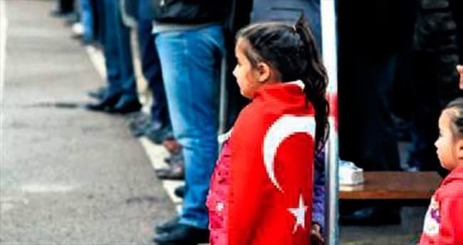Erzurum şehidini binler uğurladı