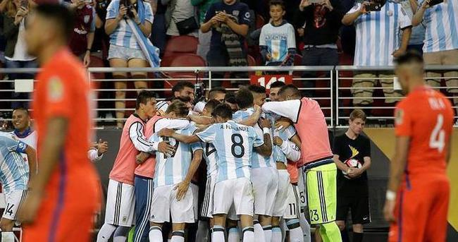 Arjantin'de Messi yoksa Di Maria var!