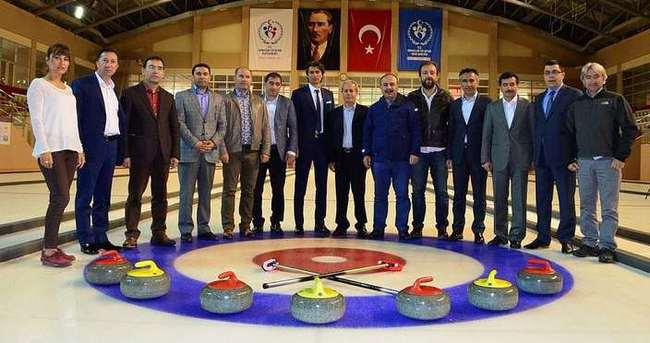 Türkiye'de curlingin tanıtımı için kollar sıvandı