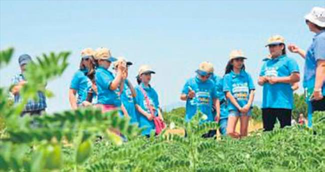Lider çocukların tarım kampı bitti