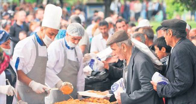 Ramazan çadırları dolup taştı