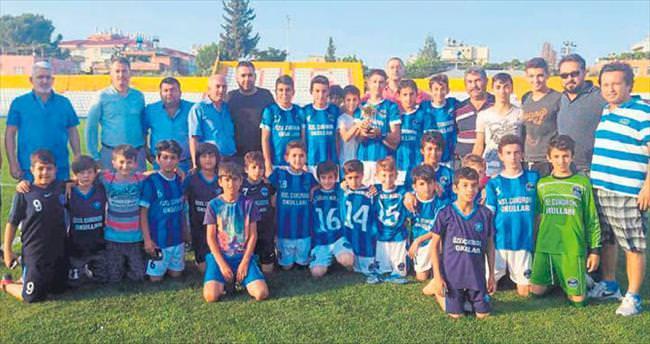 Kadirli Demirspor U13'te şampiyon