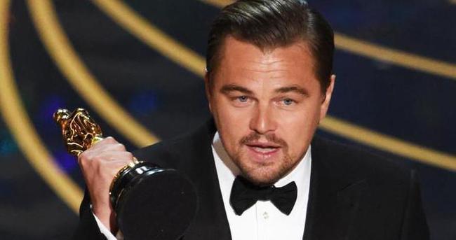 Oscar Ödüllü Leonardo DiCaprio Mevlana filminde başrolde.