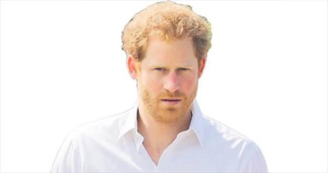 İngiltere Prensi aşk için Ada yolcusu!