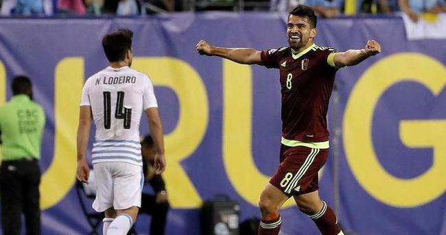 Uruguay 2'de sıfır çekti