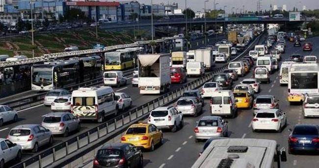 Trafik sigortasıyla taksiciler mağdur oldu