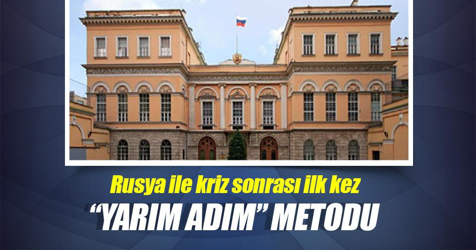 Türk - Rus geriliminde yarım adım metodu