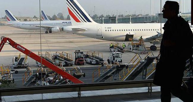 Fransa'da pilotlar greve gitti