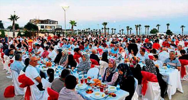 Konyaaltı'da geleneksel iftar