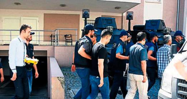 FETÖ zanlısı 8 kişi tutuklandı