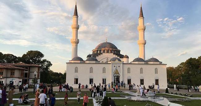 MÜSİAD Amerika Diyanet Merkezi'nde iftar verdi