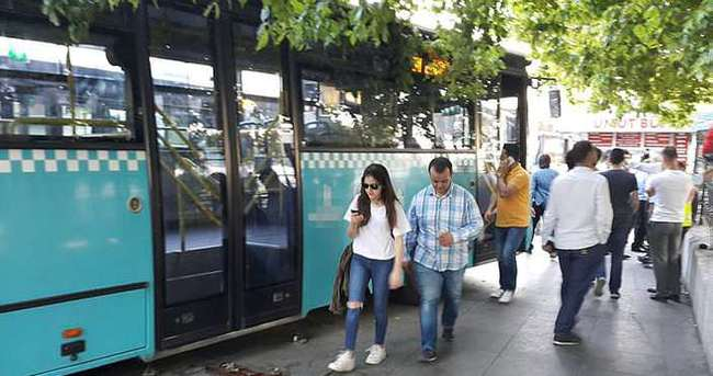 Beşiktaş'ta halk otobüsü yolcuları ezdi