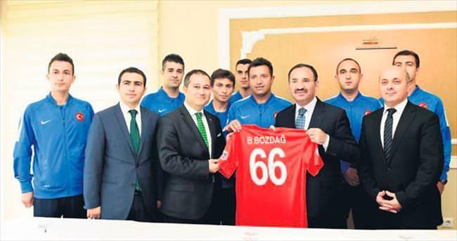 Adalet Bakanlığı'nın milli takımı Fransa'da kupa için yarışacak