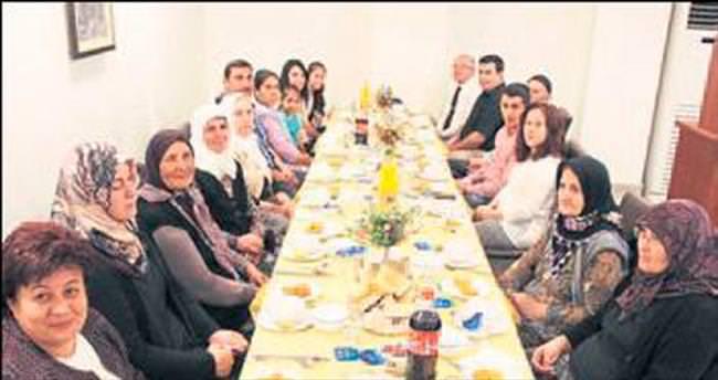 Burdur'da iyilik sofrası kuruldu