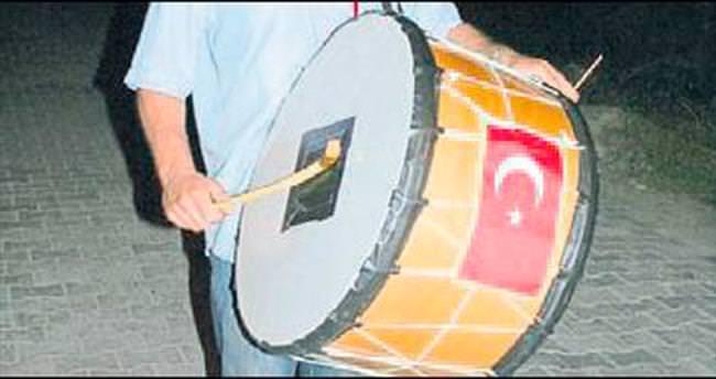 Ramazan davulcusu av tüfeğiyle vuruldu