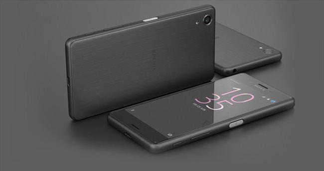 Sony Xperia X'in Türkiye fiyatı açıklandı