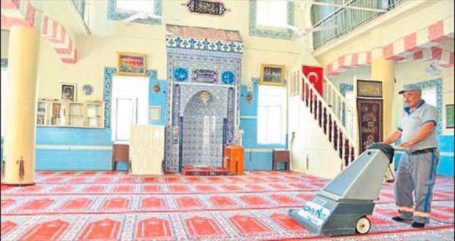 Konyaaltı camileri pırıl