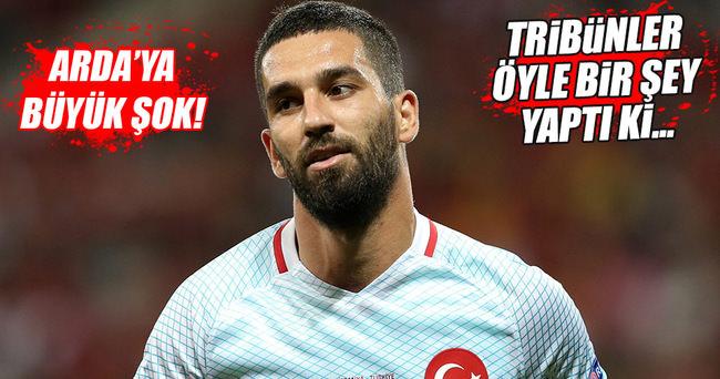 Arda Turan'a protesto şoku!