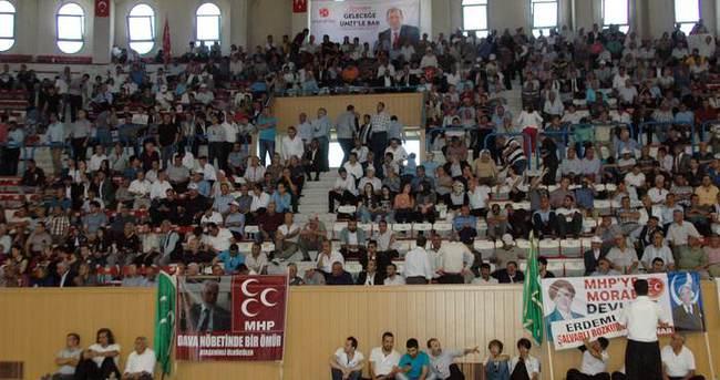 MHP'de 752 delege imza verdi