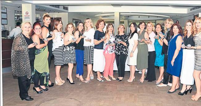 EBSO'lu kadınlara plaket verildi