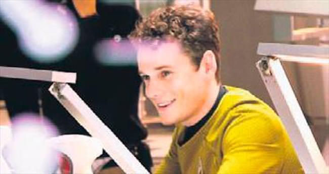 ABD'li aktör Anton Yelchin kazada öldü