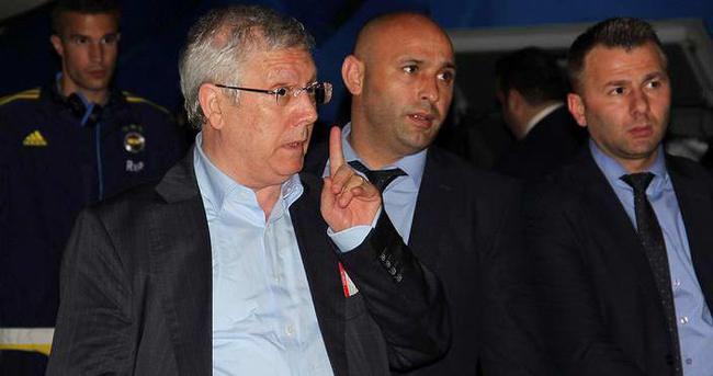 Aziz Yıldırım transfer için Atina'ya gidiyor