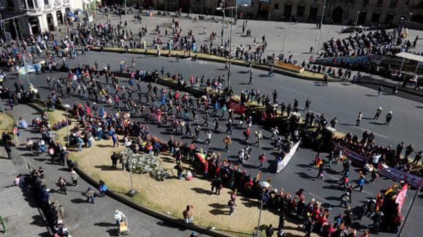 Bolivya'da halk 7 yıl sonra sokağa döküldü
