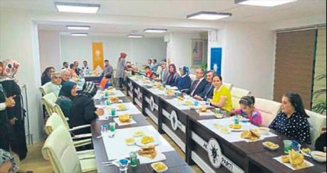 AK Kadınlar'dan engelsiz iftar